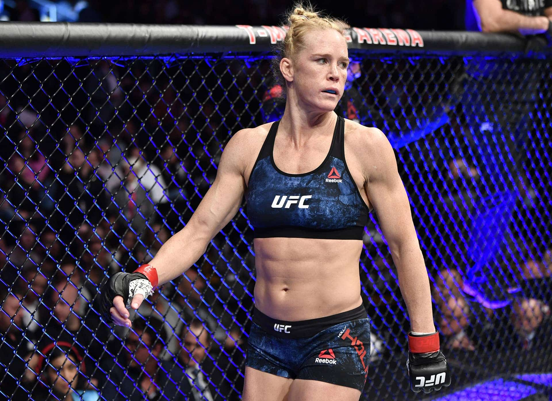 Holly Holm Withdraws from Bout Against Julianna Pena